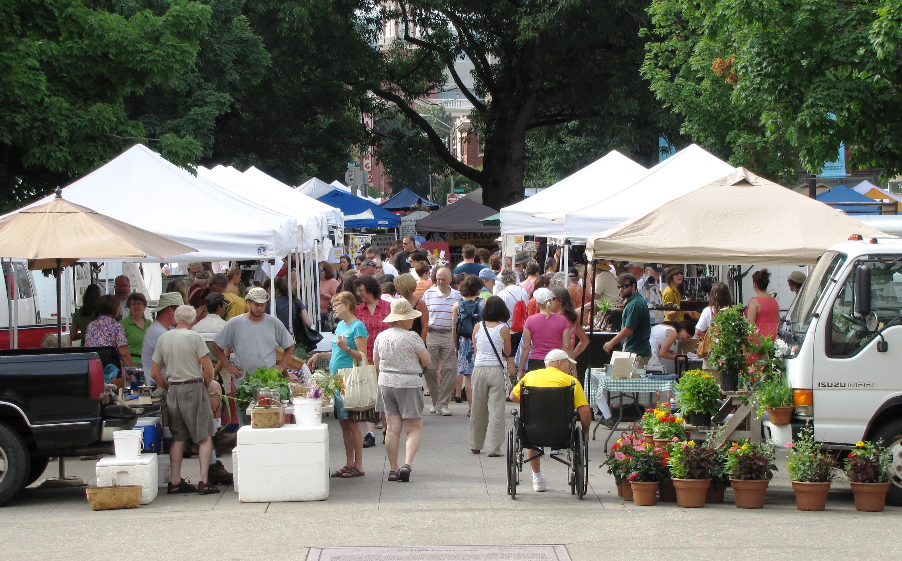 Market-sq-vendors-tn1